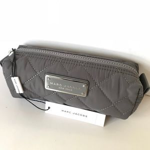 Marc Jacobs cosmetic bag grey NWT